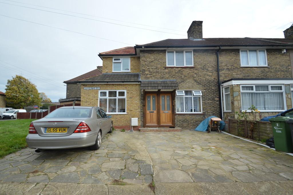 2 Bedrooms Apartment Flat for sale in Henshawe Road, Dagenham
