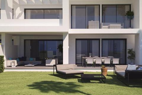 2 bedroom apartment  - Estepona, Malaga