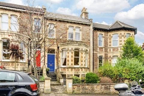 5 bedroom terraced house for sale - Hughenden Road, Clifton