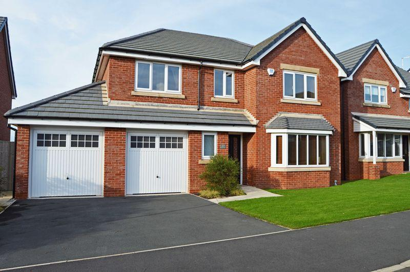 4 Bedrooms Detached House for sale in Benedict Drive, Normoss