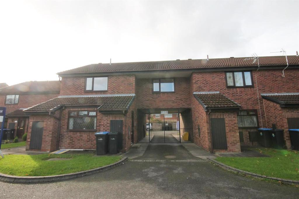 2 Bedrooms Apartment Flat for sale in Lucerne Court, Marton-In-Cleveland, Middlesbrough