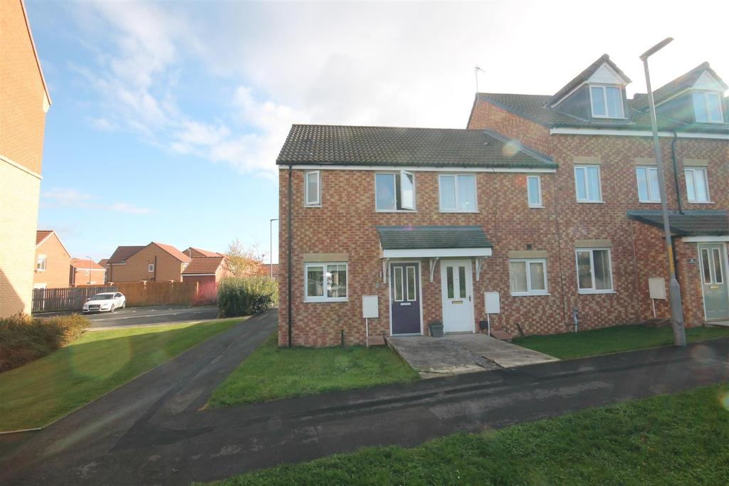 2 Bedrooms End Of Terrace House for sale in Longleat Walk, Ingleby Barwick, Stockton-On-Tees