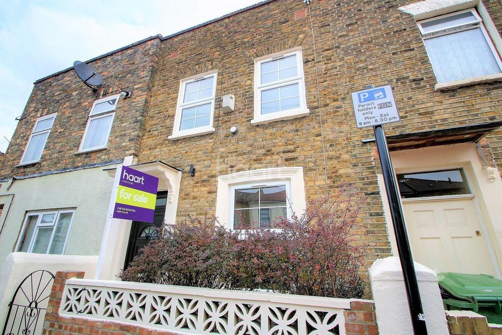 2 Bedrooms Terraced House for sale in Field Road, London, E7