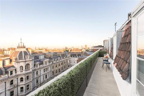 2 bedroom penthouse for sale - Chesterfield House, Chesterfield Gardens, Mayfair, London, W1J
