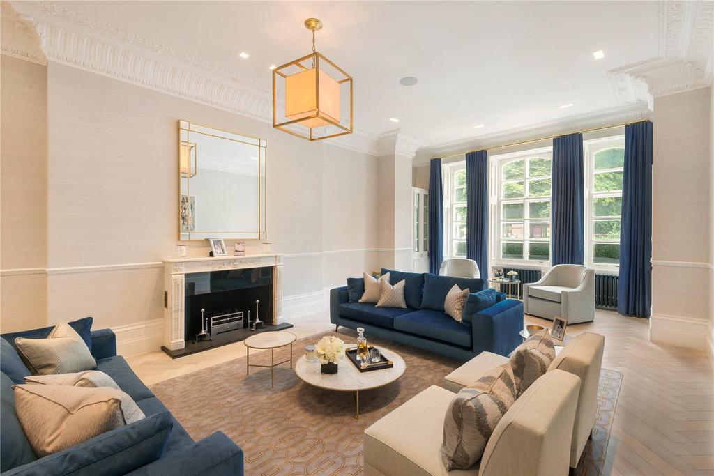 2 Bedrooms Flat for sale in Albert Hall Mansions, Kensington Gore, London, SW7