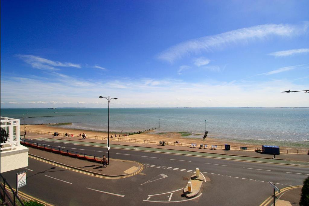 1 Bedroom Retirement Property for sale in Homecove house, Westcliff on sea