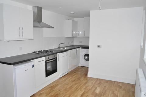 2 bedroom flat to rent - High Street, Keynsham, Bristol