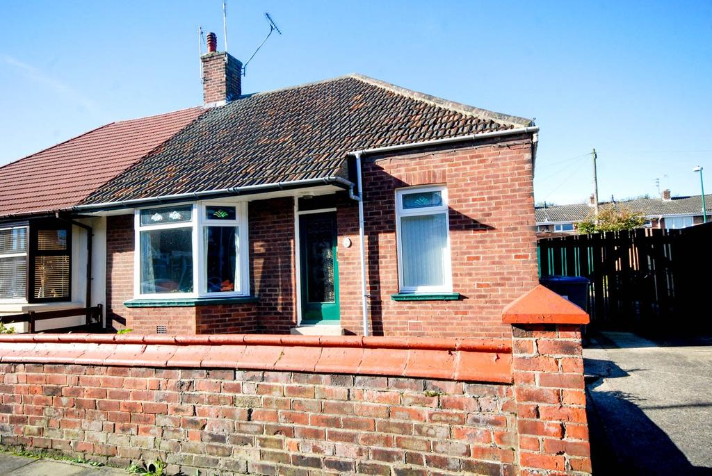 2 Bedrooms Bungalow for sale in Coquet Street, Jarrow