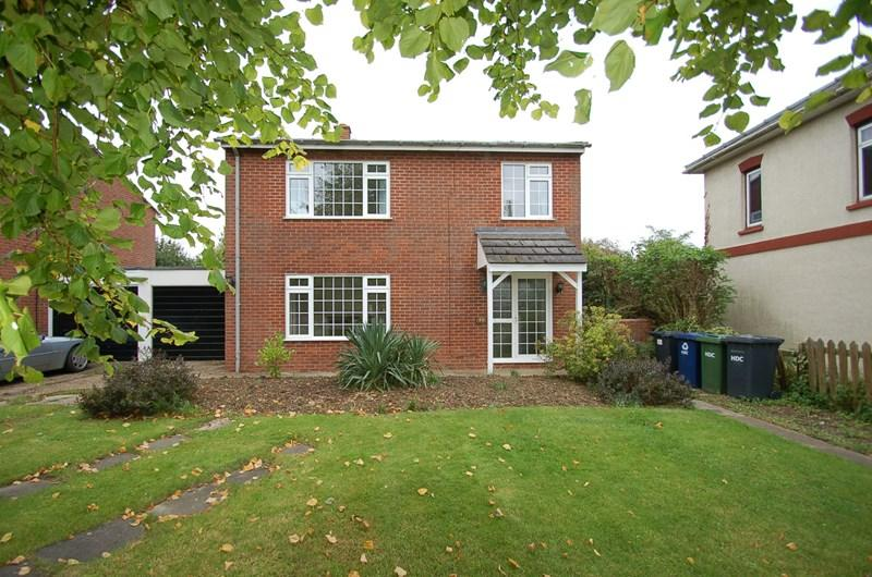 3 Bedrooms Link Detached House