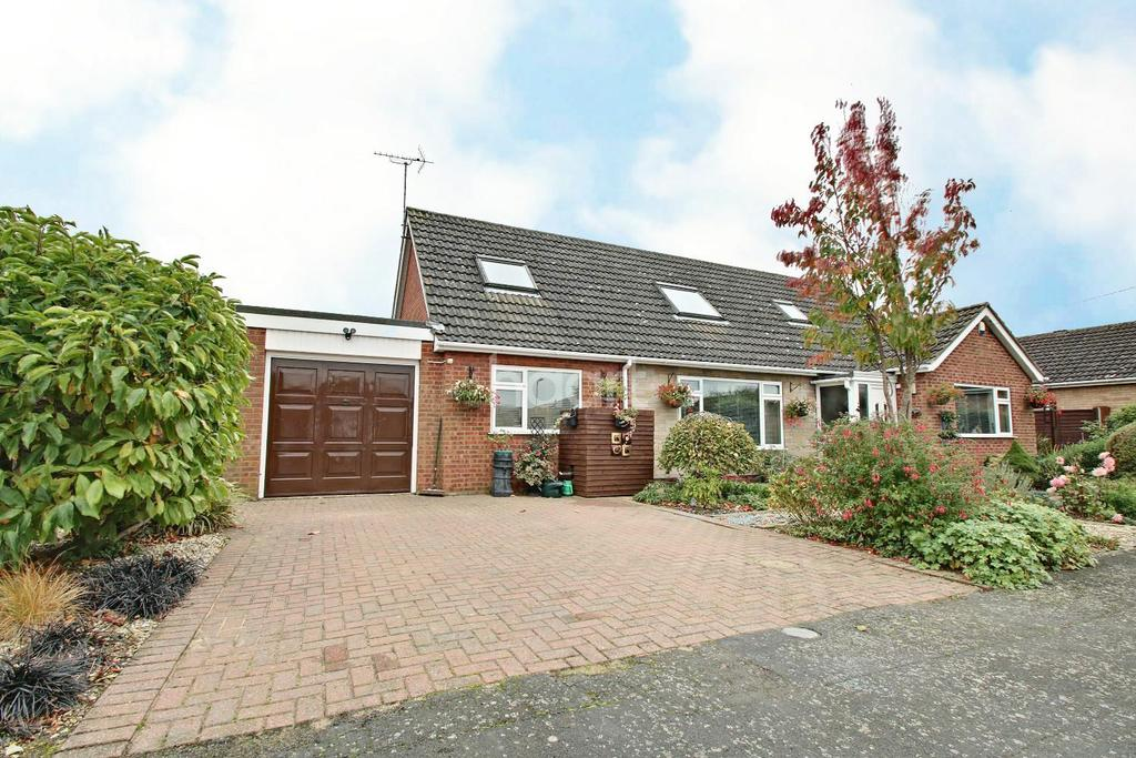 5 Bedrooms Bungalow for sale in Monson Park, Skellingthorpe