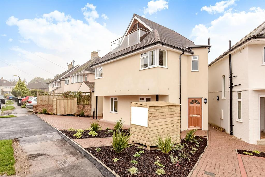 2 Bedrooms Apartment Flat for sale in Hawthorn Close, West Oxford