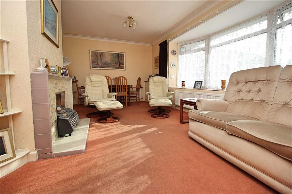 3 Bedrooms Detached Bungalow for sale in Meyners Close, Hove, East Sussex