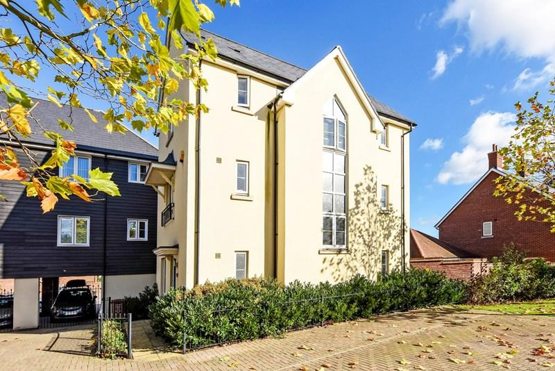 4 Bedrooms Town House for sale in Picket Twenty Way, Andover