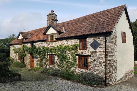 4 bedroom detached house to rent - Cobbaton, Chittlehampton