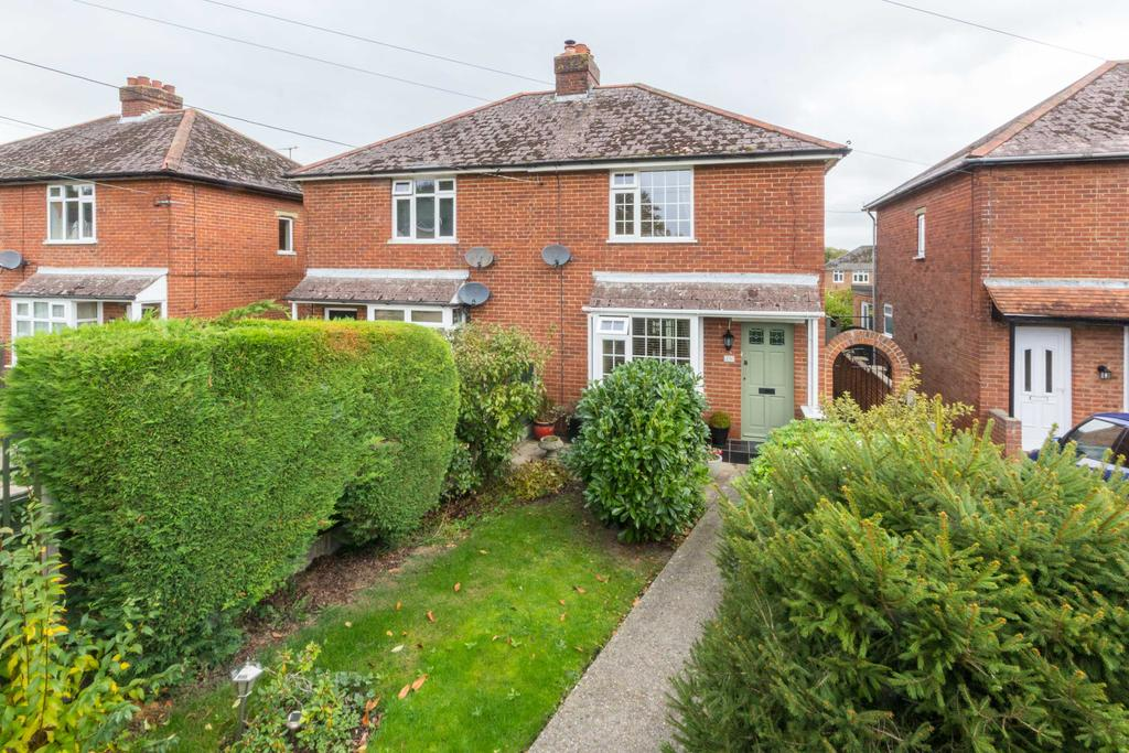 3 Bedrooms Semi Detached House for sale in Ashford Road, Canterbury CT1