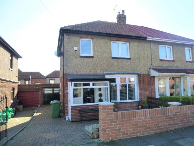 3 Bedrooms Semi Detached House for sale in ST AIDANS AVENUE, ST AIDANS, SUNDERLAND SOUTH