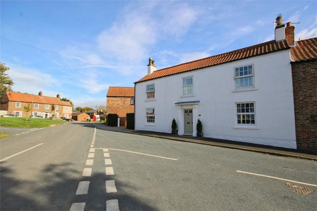 4 Bedrooms End Of Terrace House for sale in The Green, Lund, Driffield, East Riding of Yorkshire