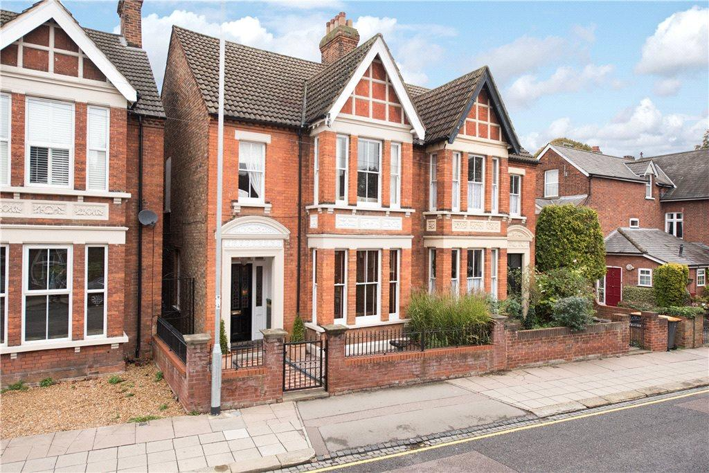 5 Bedrooms Unique Property for sale in Castle Road, Bedford, Bedfordshire