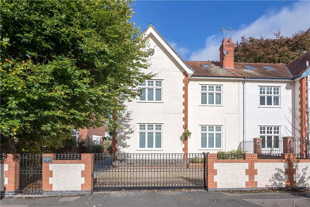 5 Bedrooms Semi Detached House for sale in Andover Road, Cheltenham, Gloucestershire, GL50