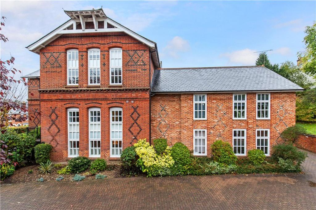 3 Bedrooms Flat for sale in Bankside House, Elm Road, Winchester, Hampshire, SO22