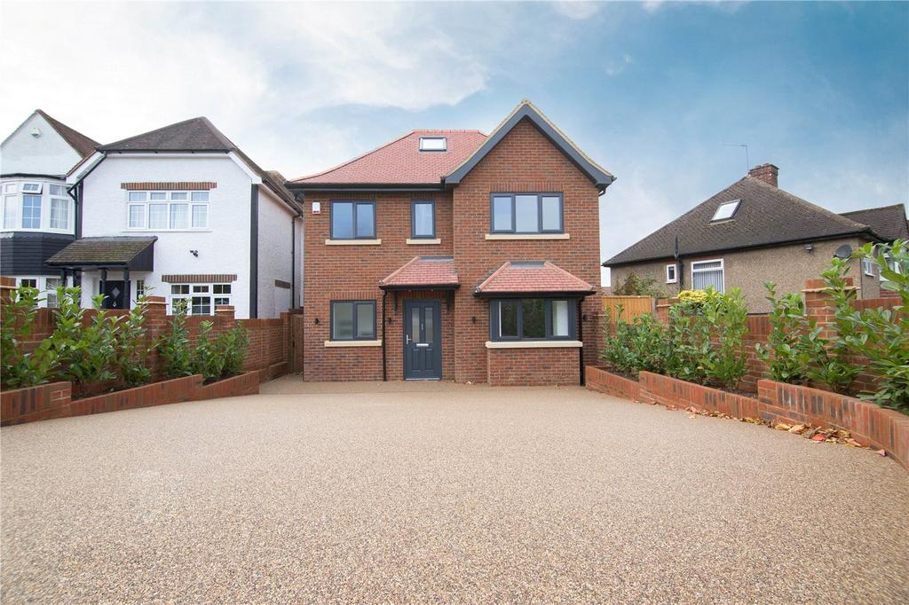 4 Bedrooms Detached House for sale in The Ridgeway, Watford, Hertfordshire, WD17