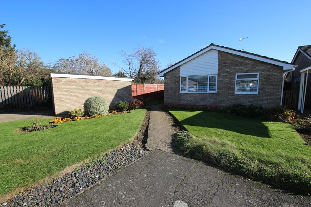 3 Bedrooms Detached Bungalow for sale in Church View, Witchford