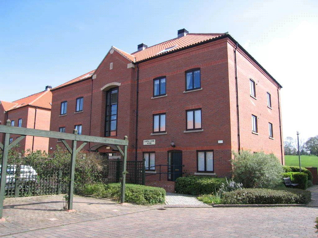 3 Bedrooms Apartment Flat for sale in Castle Dyke Wynd, Yarm, Stockton On Tees