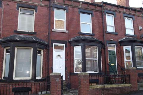 4 bedroom terraced house for sale - Tempest Road, Beeston, LS11 7DH