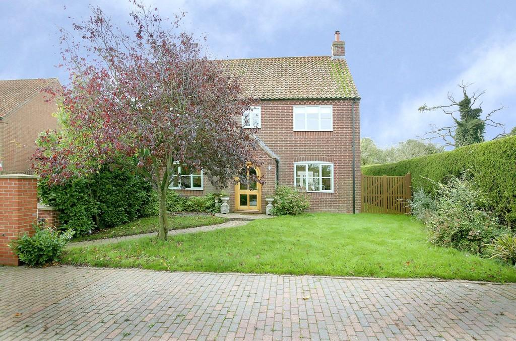 4 Bedrooms Detached House for sale in Batterby Green, Hempton