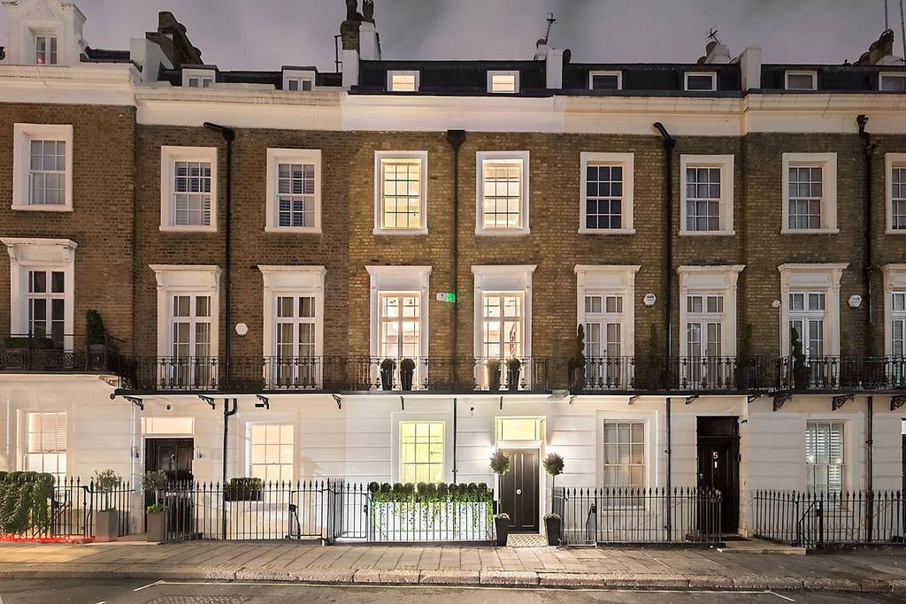 Trevor Place Knightsbridge London Sw7 5 Bed Terraced