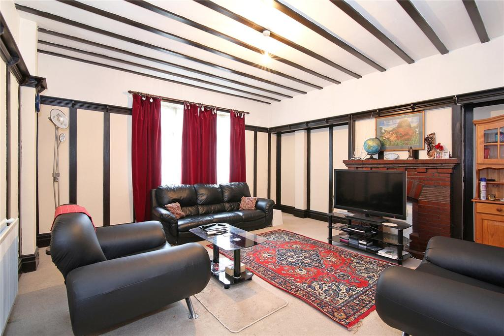 4 Bedrooms Terraced House for sale in Semley Road, Norbury, SW16