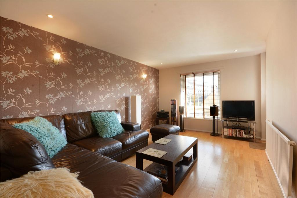 1 Bedroom Flat for sale in Newington Butts, London, SE1