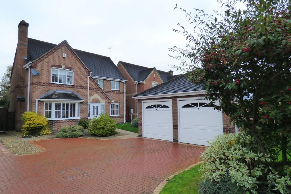 4 Bedrooms Detached House for sale in Lady Meadow Close, Denstone
