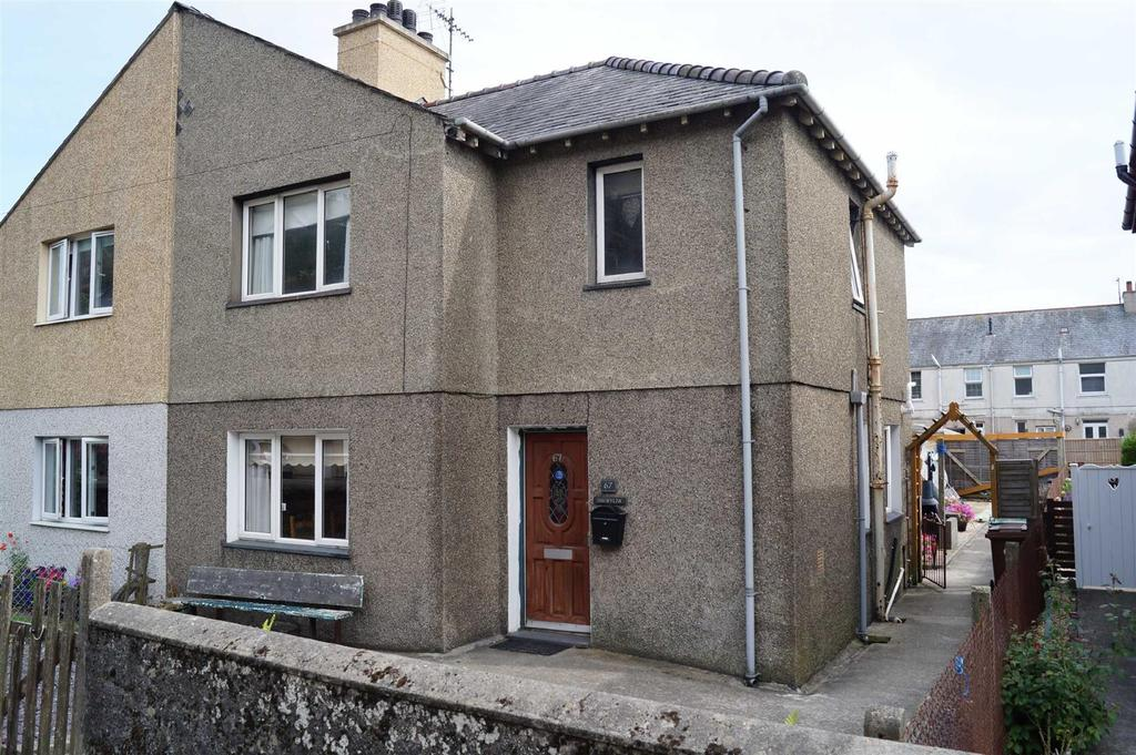 3 Bedrooms Semi Detached House for sale in Abererch Road, Pwllheli