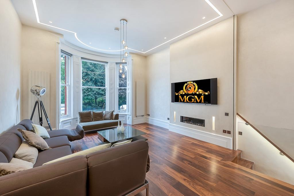 3 Bedrooms Flat for sale in Lennox Gardens, SW1X