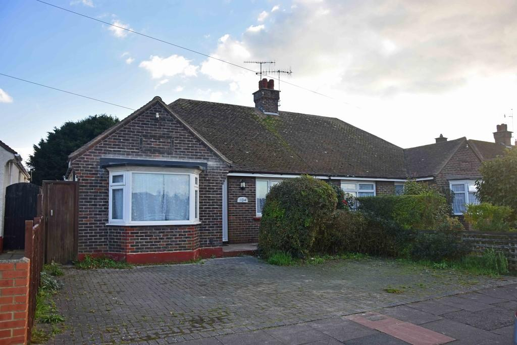 3 Bedrooms Semi Detached Bungalow for sale in Sackville Road, Worthing