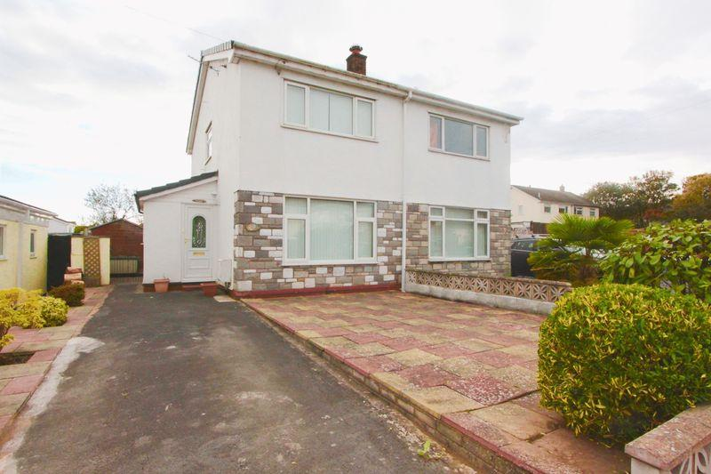 2 Bedrooms Semi Detached House for sale in Ffordd Celyn, Denbigh