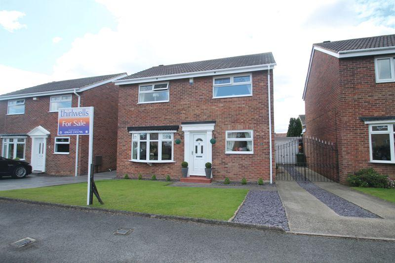 4 Bedrooms Detached House for sale in Anlaby Close, Billingham