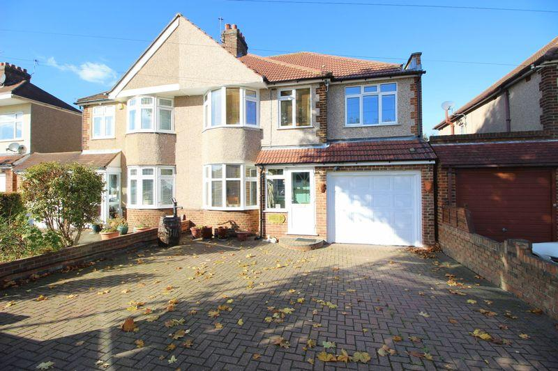 5 Bedrooms Semi Detached House for sale in Harland Avenue, Sidcup, DA15 7PA