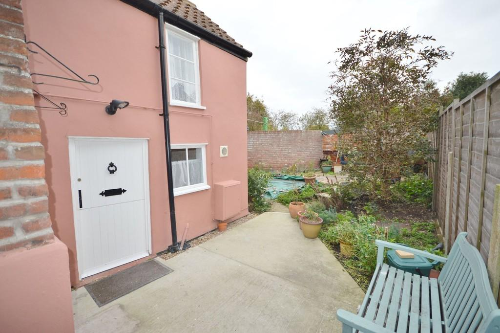 2 Bedrooms Cottage House for sale in Rectory Road, Wivenhoe