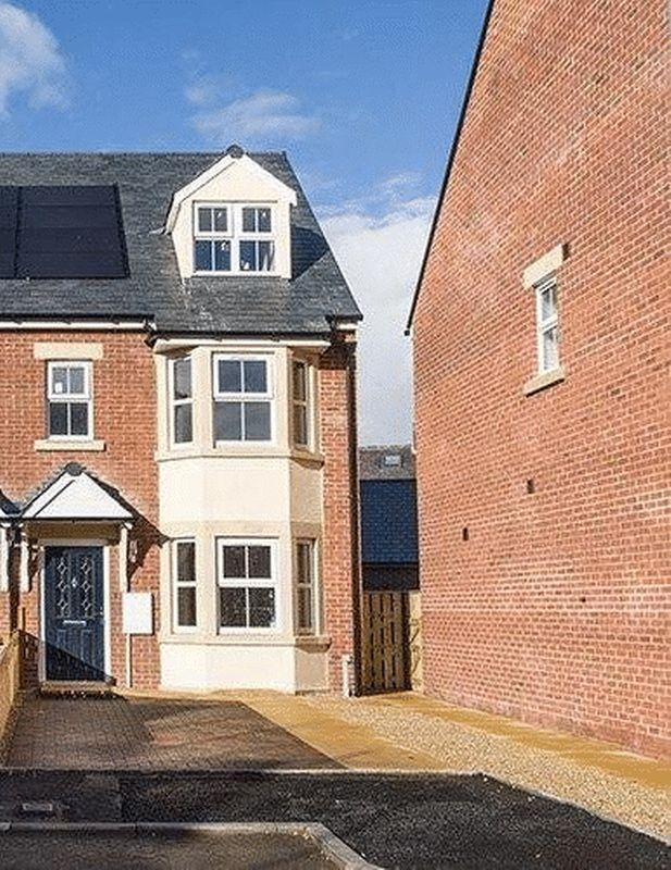 4 Bedrooms Semi Detached House for sale in TYNE VALLEY, Haydon Bridge