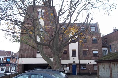 2 bedroom flat to rent - Lawrence Road, Southsea, PO5 1PJ