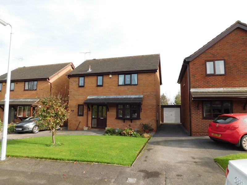 3 Bedrooms Detached House for sale in Boulton Close, Sandbach