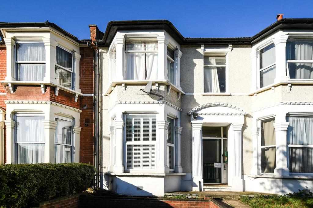 1 Bedroom Flat for sale in Wellmeadow Road, Catford