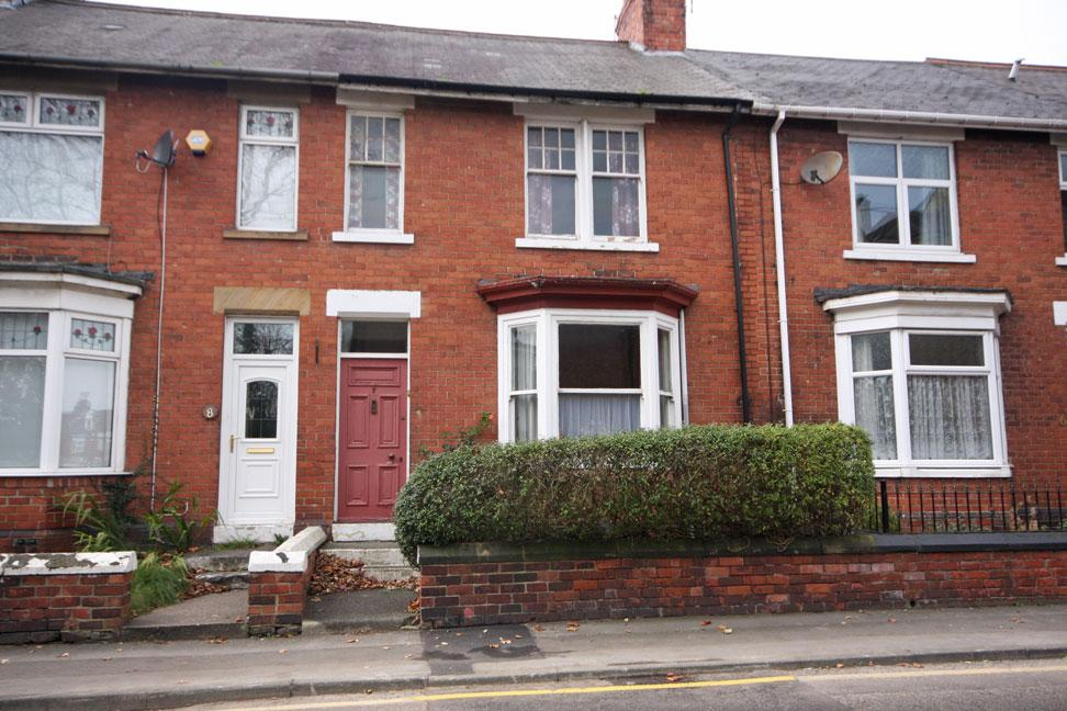 3 Bedrooms Town House for sale in Osborne Road, Chester-le-Street DH3 3DS