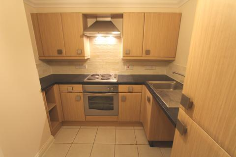 1 bedroom ground floor flat to rent - Parkwood Road, Southbourne BH5