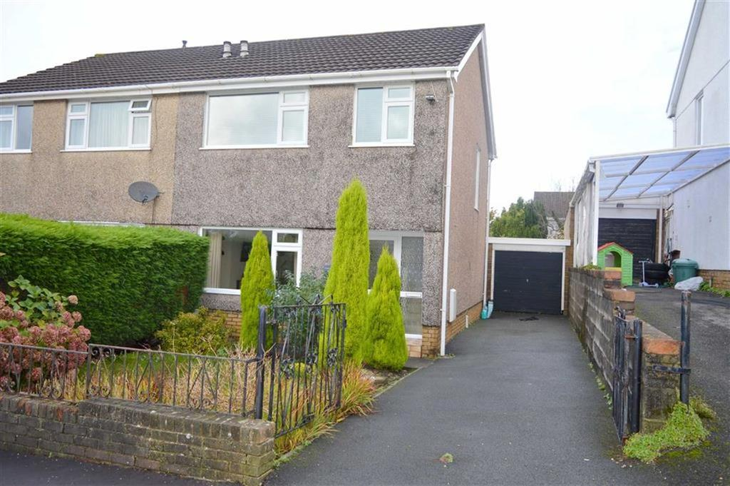 3 Bedrooms Semi Detached House for sale in Sardis Close, Waunarlwydd, Swansea