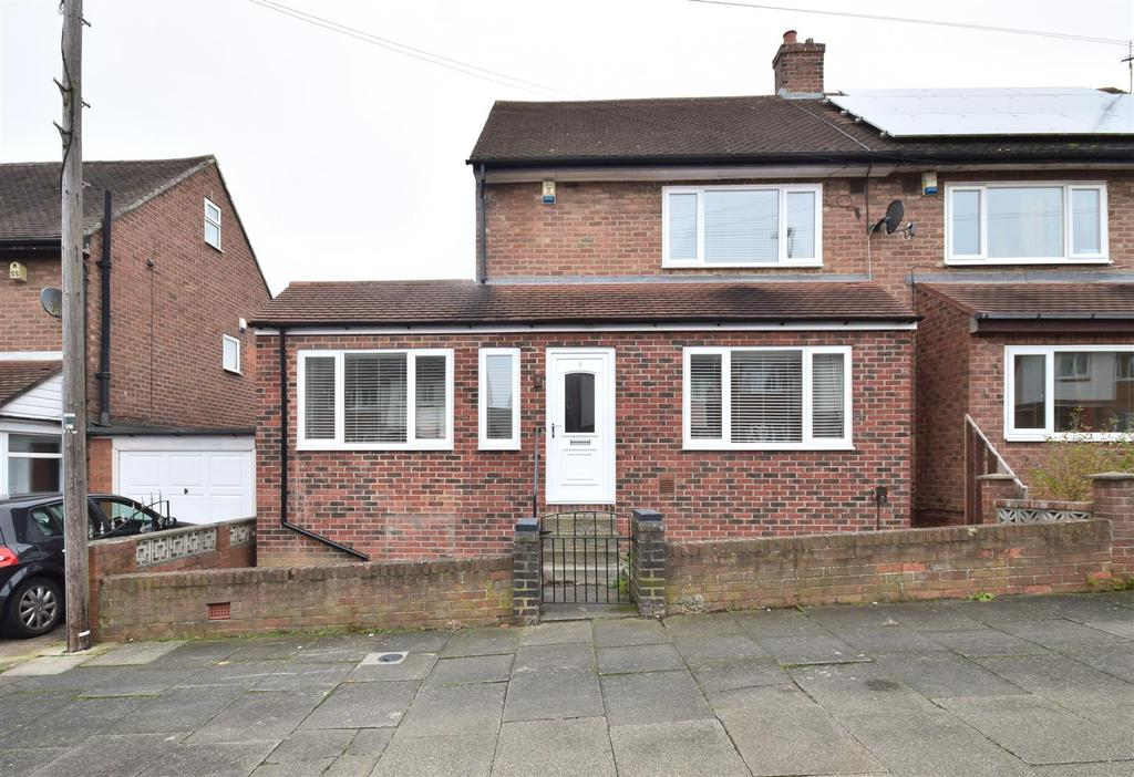 2 Bedrooms Semi Detached House for sale in Townsend Road, Thorney Close, Sunderland