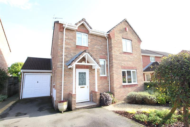 4 Bedrooms Detached House for sale in Clos Pandy, Bedwas, Caerphilly