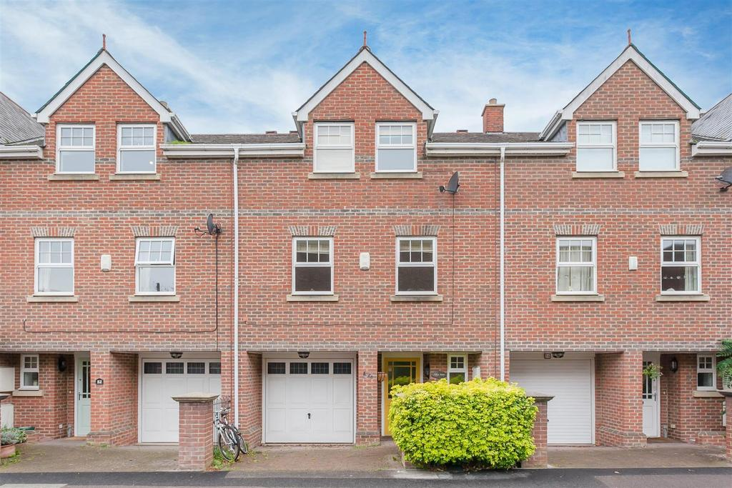 3 Bedrooms Town House for sale in Middle Way, Summertown